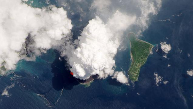 Satellites Capture a Dizzying View of Krakatoa s Ongoing Eruption
