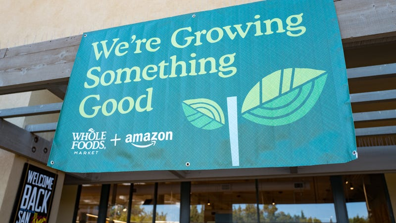 Illustration for article titled Amazon rolling out deeper discounts at Whole Foods for Prime members