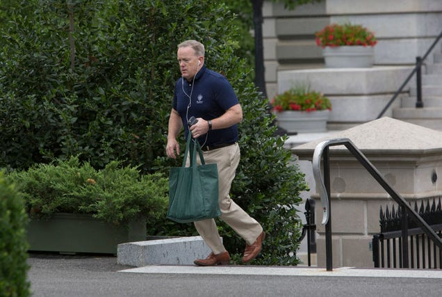 You just know that bag's full of office supplies (Photo: Chris Kleponis-Pool via Getty Images)