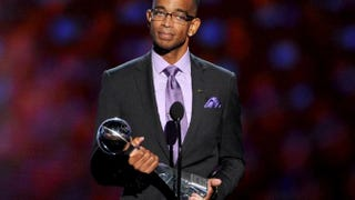 Stuart Scott accepts the 2014 Jimmy V Perseverance Award onstage during the 2014 ESPYs at Nokia Theatre L.A. Live on July 16, 2014, in Los Angeles.Kevin Winter/Getty Images