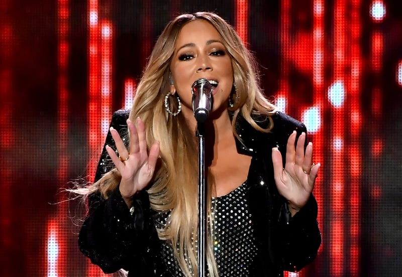 Illustration for article titled Not So Sweet Fantasy: Mariah Carey's Former Assistant Claims She Was Held Down and Peed on at Work