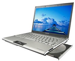 Illustration for article titled Toshiba Portege R500 Ultra-Portable Notebook Gets HSDPA, FCC Clearance