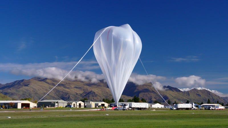 The Super Pressure Ballon prepares to take flight (Image: NASA Goddard Space Flight Center)