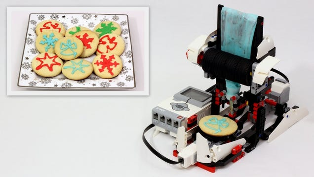 Build An Automatic Cookie Decorating Machine With Lego