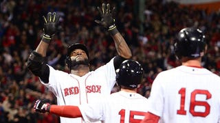 Illustration for article titled Big Papi grand slams to victory! Series tied. 99 is happy.