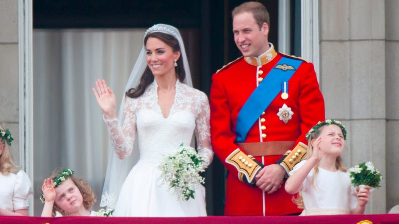 Illustration for article titled Designer Sues Alexander McQueen, Claims Kate Middleton's Wedding Dress Was a Ripoff