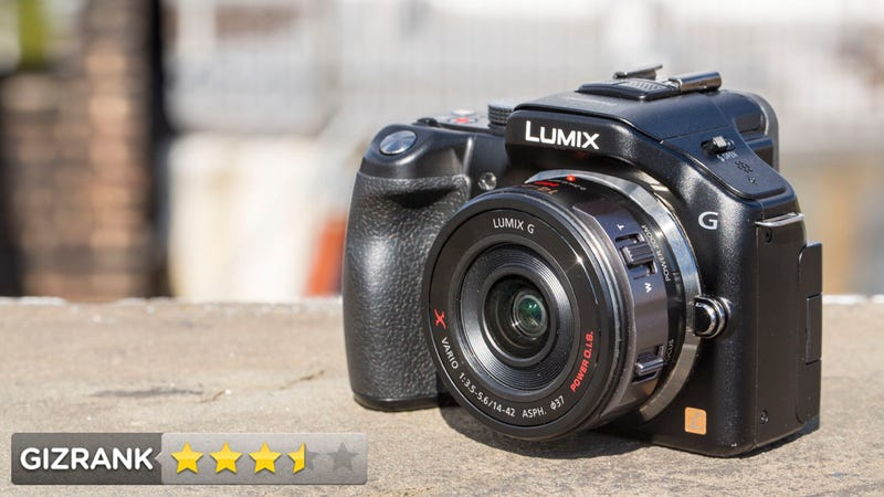 Illustration for article titled Panasonic Lumix G5 Review: Small, Mirrorless, Lots of Control