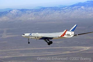 Illustration for article titled First Flight of X-48B Blended Wing Body Aircraft Prototype
