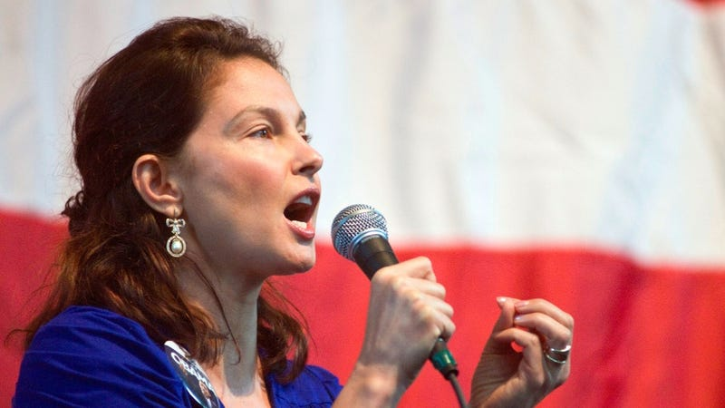 Illustration for article titled Ashley Judd Reportedly Elbowed Out of Senate Race by Scheming Democrats