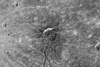 "Illustration for article titled Mysterious ""Spider Scar"" on Mercury Revealed for the First Time"