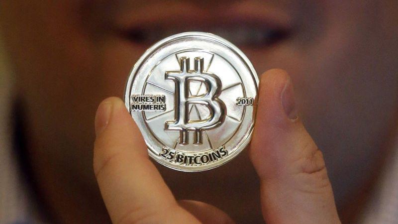Illustration for article titled Ya hay más de 800 criptomonedas muertas mientras el Bitcoin pierde el 70% de su valor