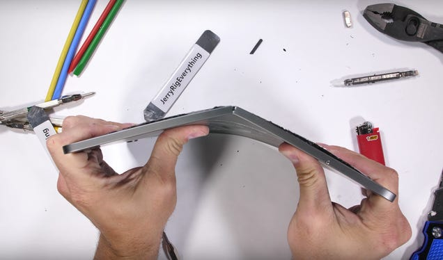 Maybe Don't Try to Bend Your iPad Pro Like a Paper Clip