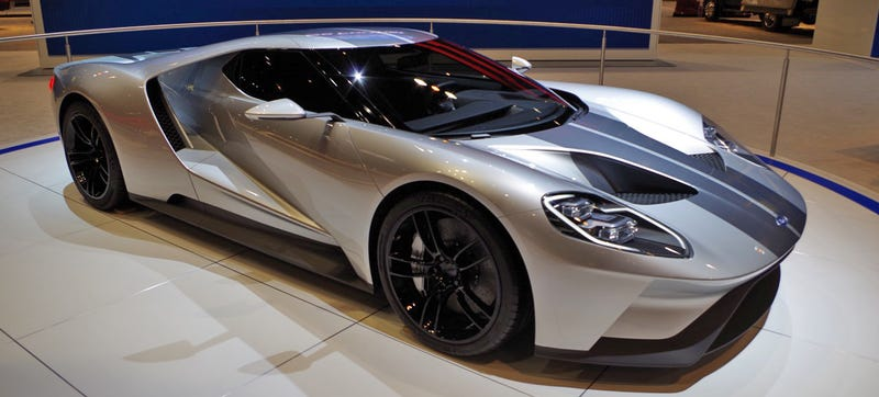The New Ford Gt Concept Is Nothing Short Of Breathtaking In Person I Admit That Blue Paint The Car Debuted In Is Sharp But This Silver Dear Lord Its