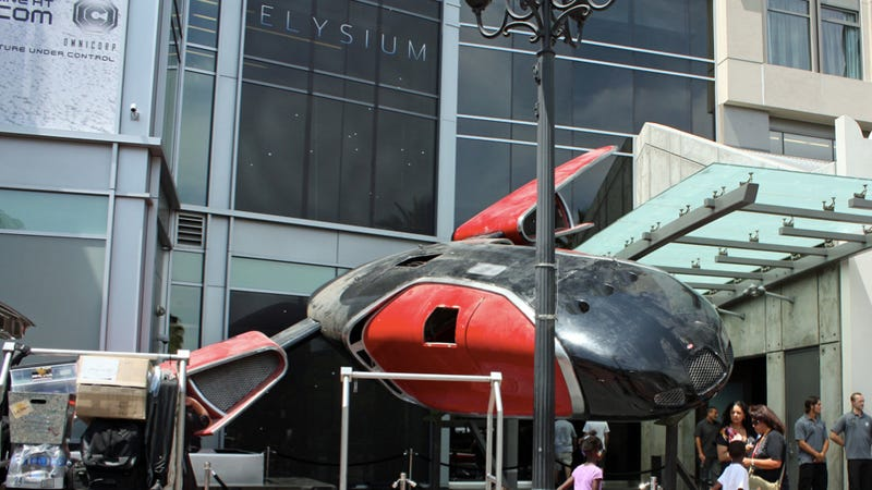 Illustration for article titled A Bugatti Spaceship From Elysium Has Crashed Into The San Diego Hard Rock