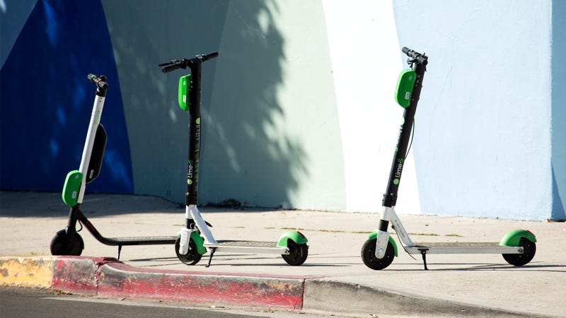 Illustration for article titled Pros And Cons Of Shareable Electric Scooters
