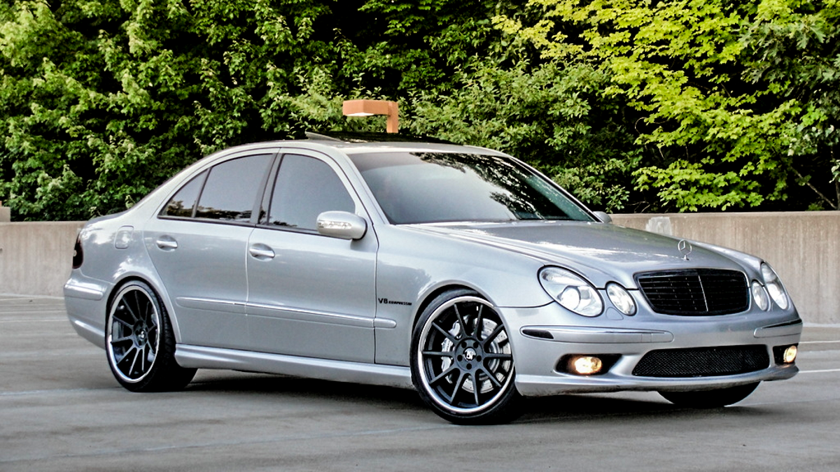 Mercedes Benz 2006 mercedes benz e55 amg : This Mercedes-Benz E55 AMG Is A Smart Buy Because It's Stupid Cheap