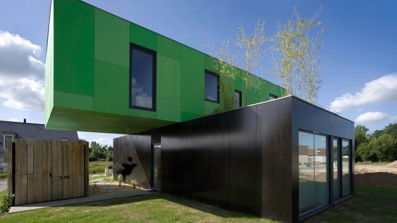 crossbox house by cg architectes pontpan france
