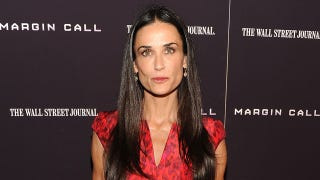 Illustration for article titled Demi Moore Is Rushed to the Hospital, Will Now Head to Rehab