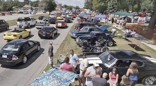 Illustration for article titled The 2008 Woodward Dream Cruise: What You May Have Missed