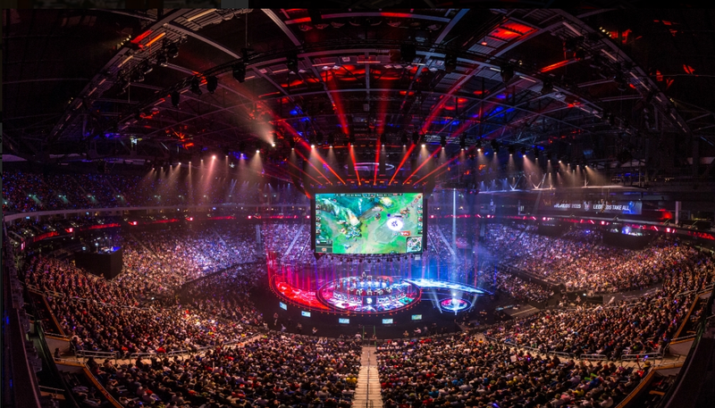 Illustration for article titled League of Legends Lands Seven-Year, $300 Million Streaming Deal