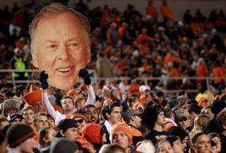 Illustration for article titled Oklahoma State Gambled Millions That Its Boosters Would Die, And Lost