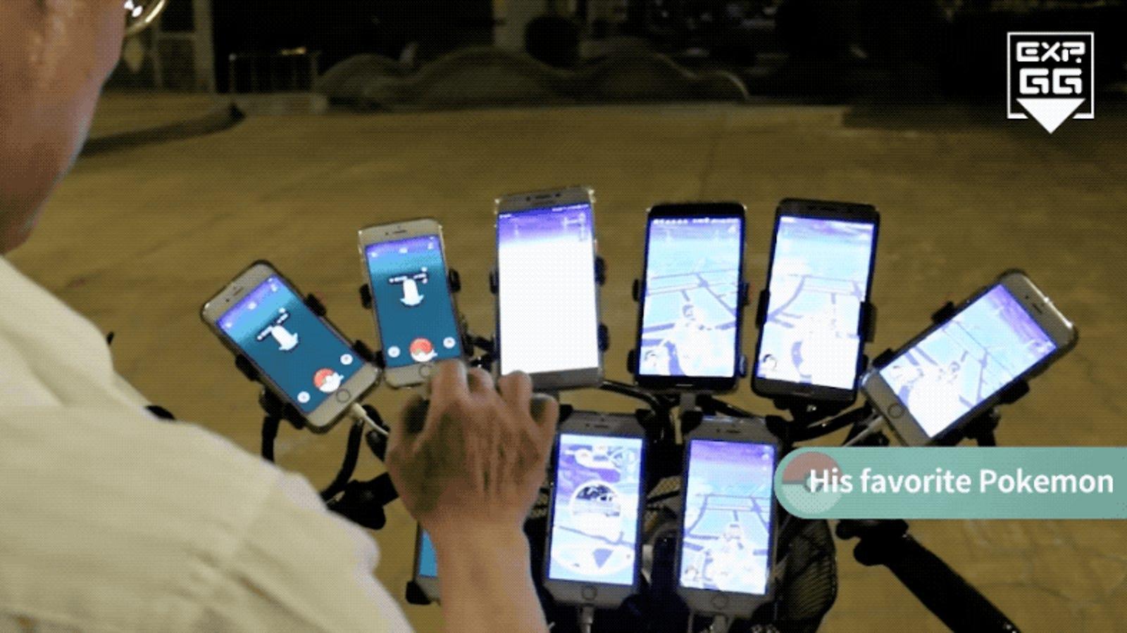 Grandpa Carries 11 Phones To Play Pokémon Go