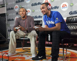 Illustration for article titled Derek Jeter Loses Boxing Match, U.S. Stymied In Xbox 360 Tournament