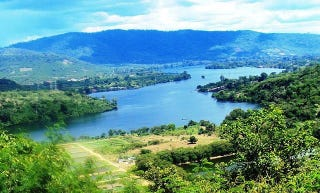 Volta Lake from the Santa Barbara Catholic Church in Akosombo, Ghana (Sandister Tei/Wikimedia Commons)