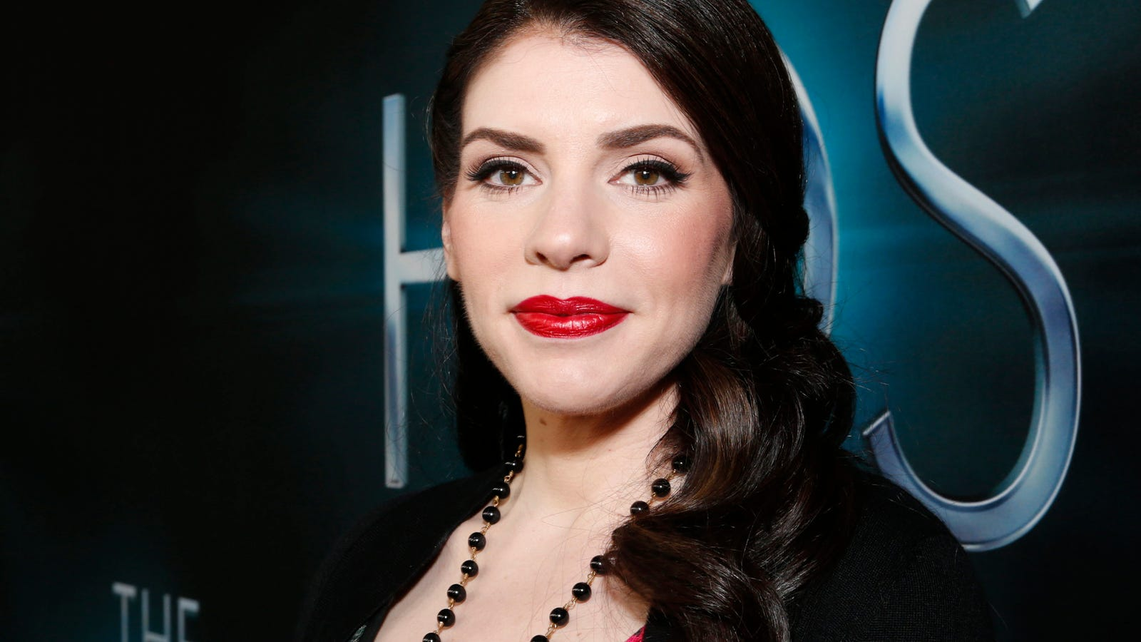 stephenie meyer's mormonism and the erotics Publishing professionals call it a phenomenon in 2008, little, brown sold 275 million copies of stephenie meyer's four vampire novels the twilight movie grossed $191 million in domestic box office sales and meyer's adult novel, the host, sold an additional million copies.