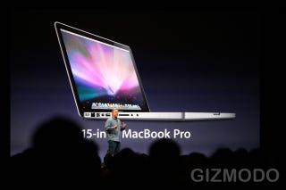 Illustration for article titled New 15-Inch MacBook Pro Features 7-Hour Battery Life and SD Card Slot