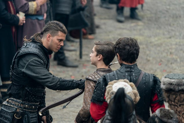 Vikings loses a pair of its remaining characters as we wait for the end