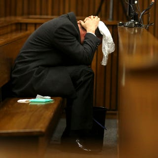 Illustration for article titled Oscar Pistorius Vomits During Graphic Testimony At Murder Trial
