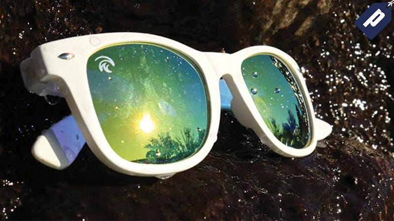 Illustration for article titled Grab a Pair of Reflective, Polarized Sunglasses That Float (50% Off)