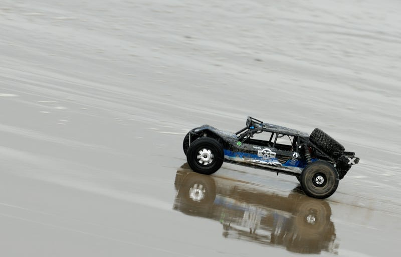 Illustration for article titled Oppo needs moar RC car love