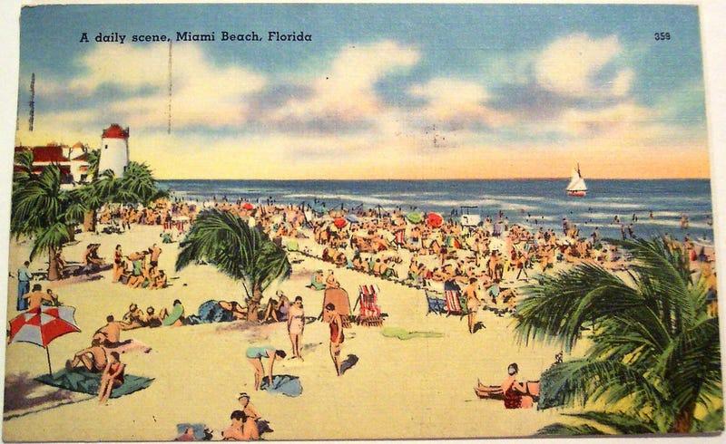 Illustration for article titled Vintage Beach