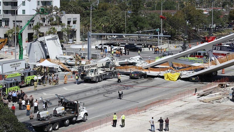 Illustration for article titled Florida Pedestrian Bridge Constructed Barely A Week Ago Collapses, Killing Multiple People