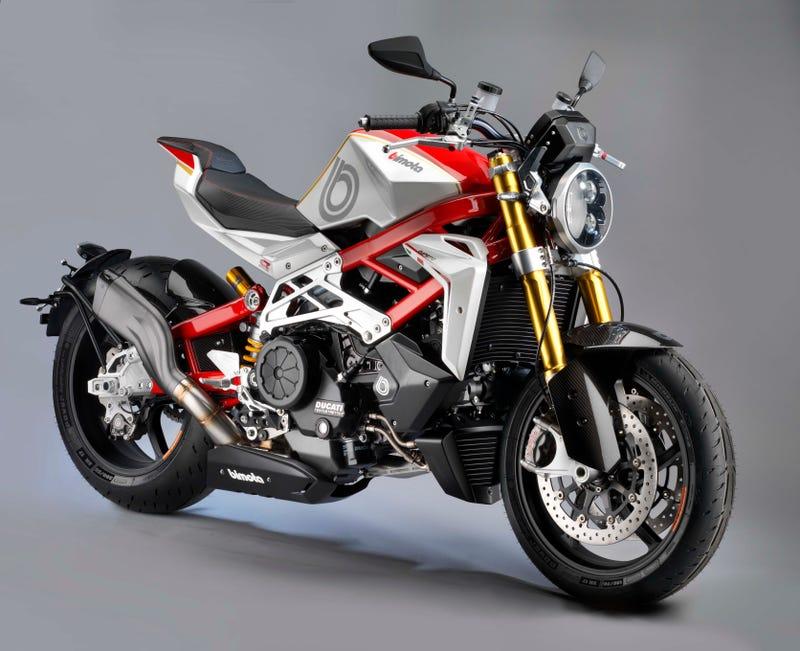 Ducati Diave... Ducati Diavel