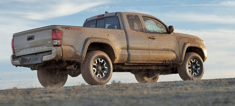 Illustration for article titled 2016 Toyota Tacomas Already Recalled: 'May Have Used The Wrong Bolts'