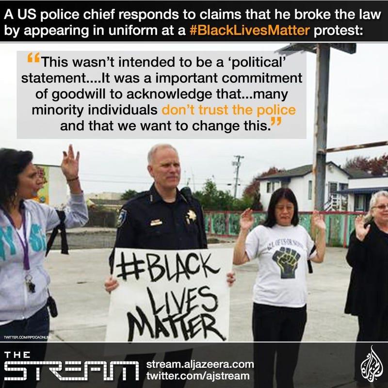 Illustration for article titled California Police Chief joins #blacklivesmatter protest