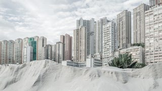 Illustration for article titled These Eerie Photos Make Megacities Look Totally Deserted