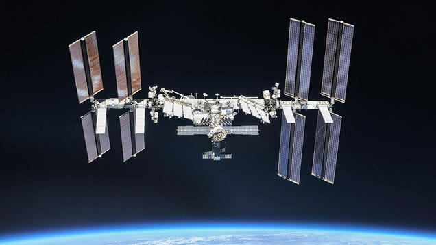 Space Station Crew Safe After Oxygen Supply System Failure