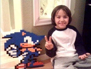 Illustration for article titled How To Make A Pixel Sonic Out of LEGO (And Bond With Your Kids)