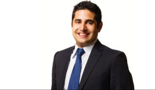 Illustration for article titled Iranian-American Dallas City Official Says He Was Stopped From Boarding Virgin Flight [Updated]
