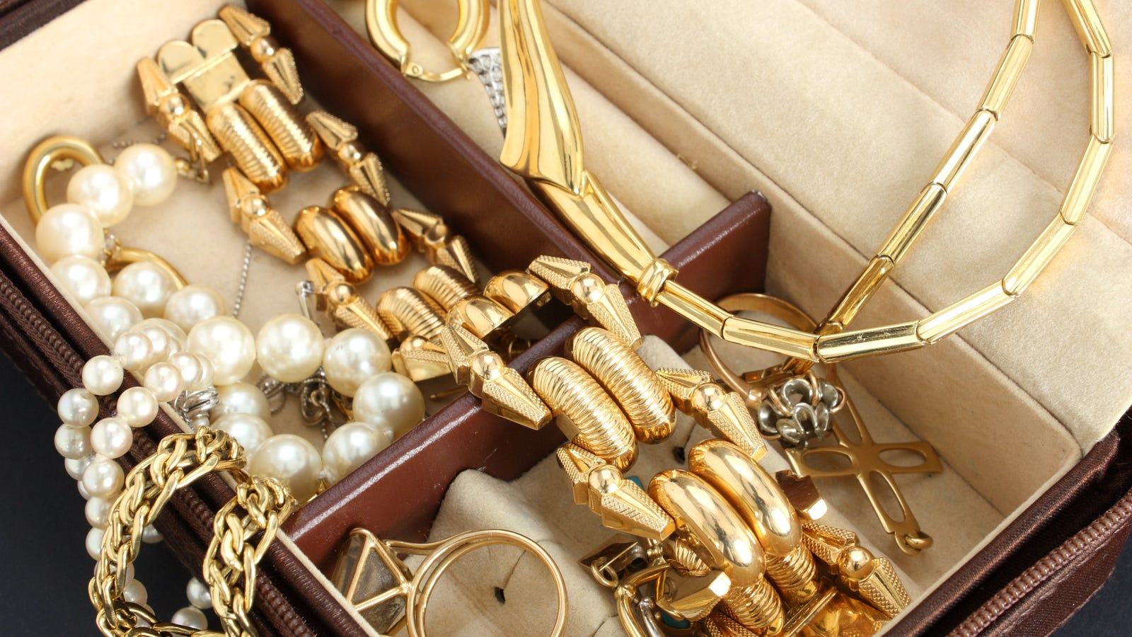 How to Sell Your Used Jewelry for Cash – Jewelry Buyer Jobs