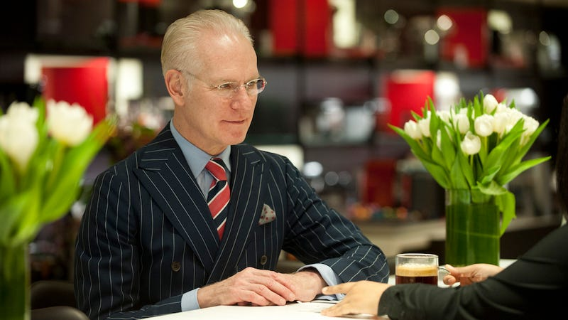 Illustration for article titled Suits, Cocktails, and the Met: Tim Gunn Is Truly Living His Best Life