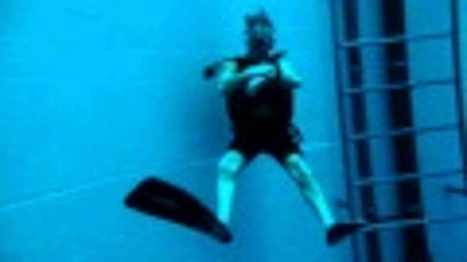 Diving Is Totally Allowed In The World S Deepest Swimming Pool