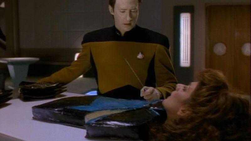 "Illustration for article titled Star Trek: The Next Generation: ""Gambit, Part 2""/""Phantasms"""