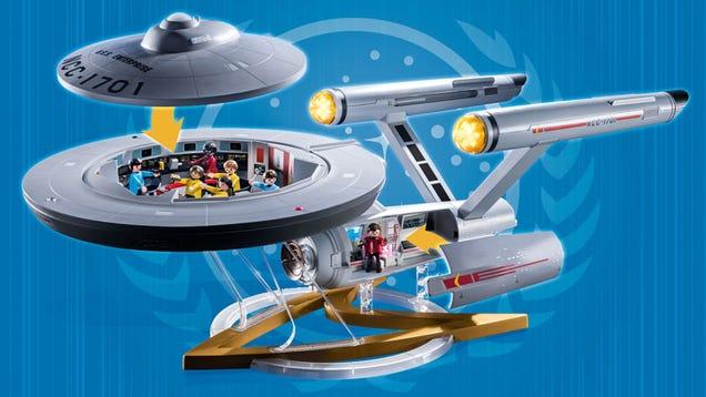 Playmobil s New Star Trek Playset Includes a Massive 39-Inch USS Enterprise