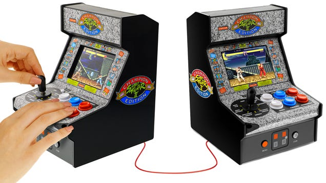 You Can Link These Miniature Street Fighter II Arcade Cabinets for Head-to-Head Multiplayer