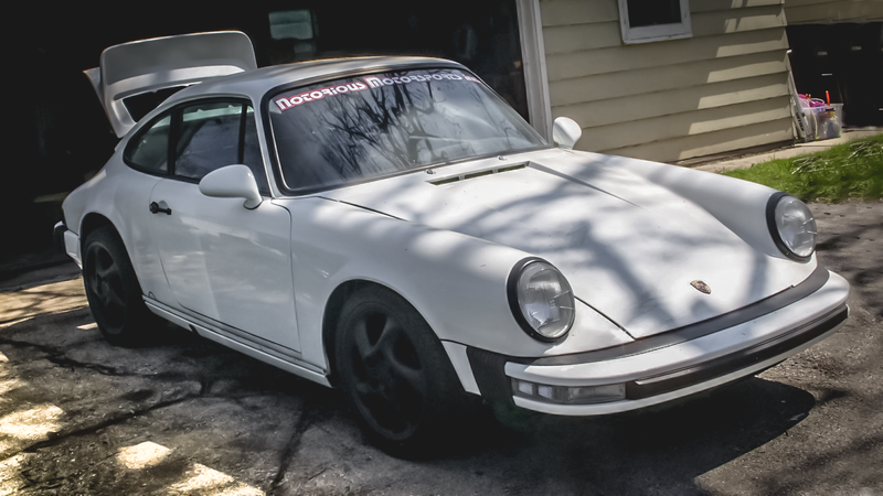 Illustration for article titled You Need This Super Cheap Porsche 911 Project Car Because JustLook At It